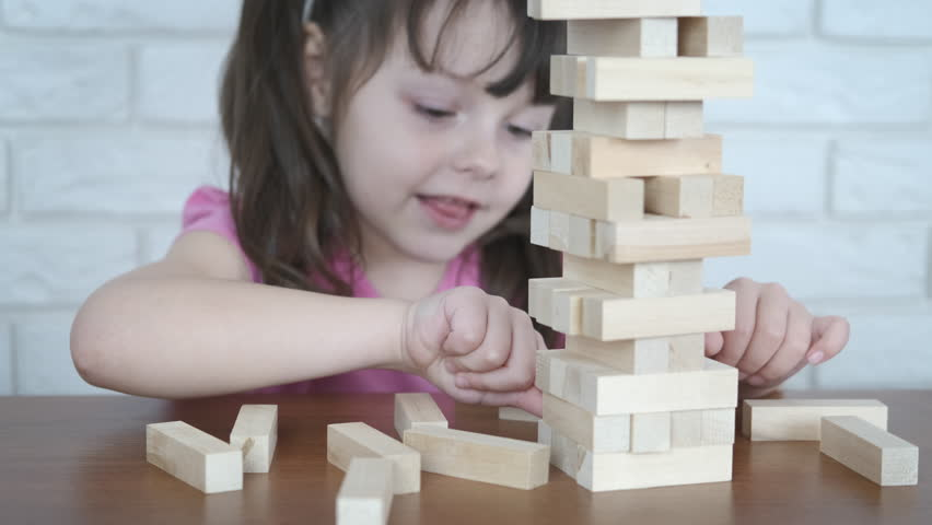 Instructive Benefits of Playing With Wooden Puzzles