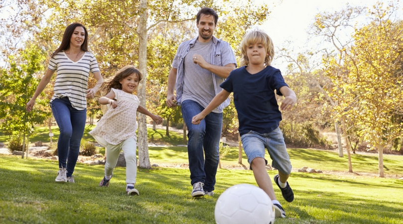 5 Family Favorite Outdoor Games